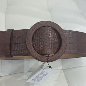 BNWT Zara Croc Pebbled Brown Belt
